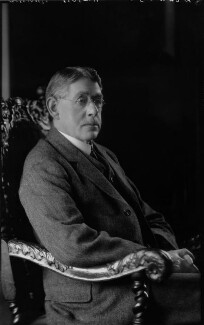 Ernest William Ainley-Walker, by Lafayette (Lafayette Ltd), 19 November 1926 - NPG x41557 - © National Portrait Gallery, London