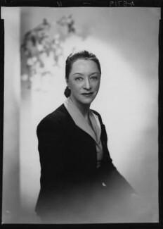 Binnie Hale (Beatrice Hale-Monro), by Lenare - NPG x4464