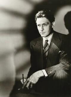 Edward McKnight Kauffer, by Gordon Anthony, 1937 - NPG x44764 - © Getty Images
