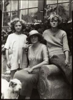 Jeanne Du Maurier; 'Muriel Beaumont', Lady Du Maurier; Daphne Du Maurier, by Ruth Bartlett - NPG x44909