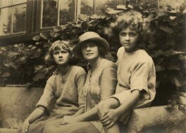 Jeanne Du Maurier; Daphne Du Maurier; 'Muriel Beaumont', Lady Du Maurier, by Ruth Bartlett - NPG x44911