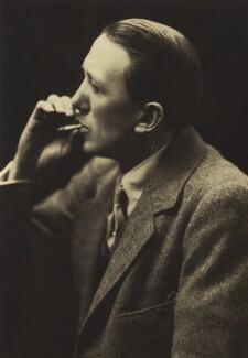 Sir Gerald Du Maurier, by Ruth Bartlett, for  Valentine - NPG x44918