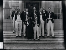 Mrs Albert Broom and the Oxford 1938 Boat race crew, by Winifred Margaret Broom - NPG x45461