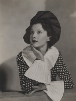 Vivien Leigh, by Dorothy Wilding, 1935 - NPG x46503 - © William Hustler and Georgina Hustler / National Portrait Gallery, London
