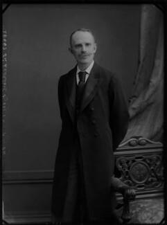 Leonard Lyell, 1st Baron Lyell, by Alexander Bassano - NPG x4805