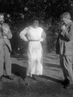 Oliver Strachey; Karin Stephen; G.E. Moore, by Ray Strachey, 1914 - NPG x88547 - © National Portrait Gallery, London