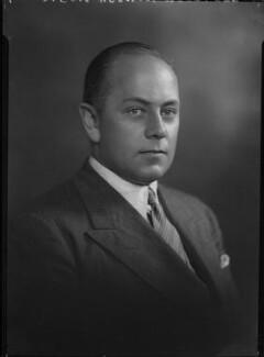 (Charles) Vernon Oldfeld Bartlett, by Lafayette - NPG x48282