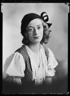 Lady Isobel Blunt-Mackenzie (later Lady Isobel Linda), by Lafayette - NPG x48392