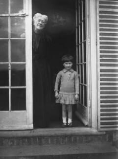 Jane Maria (née Grant), Lady Strachey; Barbara Strachey (Hultin, later Halpern), by Rachel Pearsall Conn ('Ray') Strachey (née Costelloe), Summer 1916 - NPG x88559 - © National Portrait Gallery, London