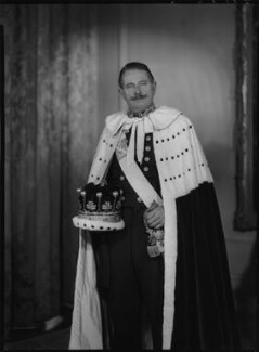 Mungo David Malcolm Murray, 7th Earl of Mansfield, by Lenare - NPG x5297