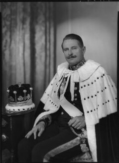 Mungo David Malcolm Murray, 7th Earl of Mansfield, by Lenare - NPG x5298