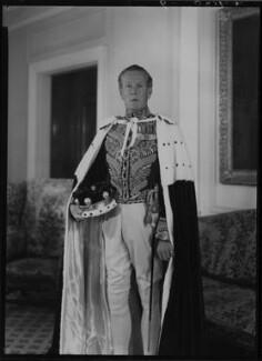 Victor Alexander George Anthony Warrender, 1st Baron Bruntisfield of Boroughmuir, by Lenare - NPG x5359