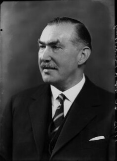 Robert Molesworth Kindersley, 1st Baron Kindersley, by Bassano Ltd, 14 October 1936 - NPG x68862 - © National Portrait Gallery, London