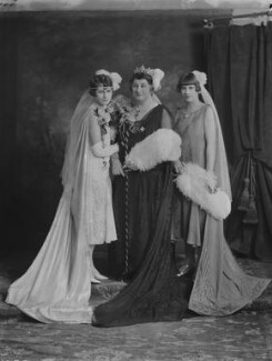 Gertrude Stansfield Phipps with her daughters Katherine and Elizabeth., by Lafayette - NPG x69109