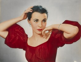 Claire Bloom, by Dorothy Wilding, 1952 - NPG  - © William Hustler and Georgina Hustler / National Portrait Gallery, London