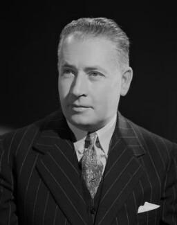 Cecil Harry Chester, by Bassano Ltd - NPG x72098