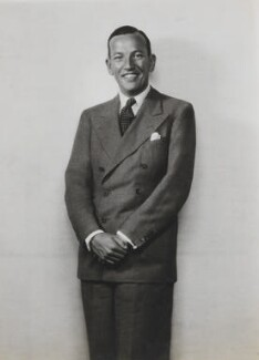 Noël Coward, by Dorothy Wilding - NPG x6918