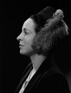 Margaret Rawlings (Lady Barlow), by Bassano Ltd - NPG x73611