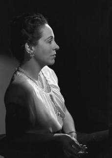 Margaret Rawlings (Lady Barlow), by Bassano Ltd - NPG x73620