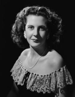 Hon. Gloria Mary Bearman (née Curzon), by Bassano Ltd - NPG x73678