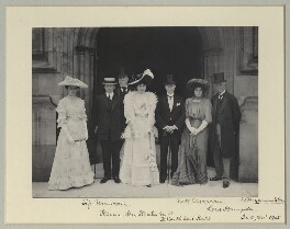 Group photo at Houses of Parliament including Guglielmo Marconi, Sir John Henniker Heaton, Henry Cuthbert Hall, Hon. Beatrice Marconi and 2nd Viscount Hampden, by Benjamin Stone - NPG x75720