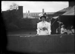 Dame (Florence) Lilian Braithwaite, by Mrs Albert Broom (Christina Livingston) - NPG x768