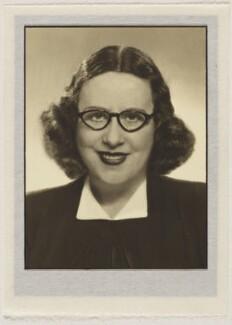 Dorothy Wilding, by Dorothy Wilding - NPG x27402