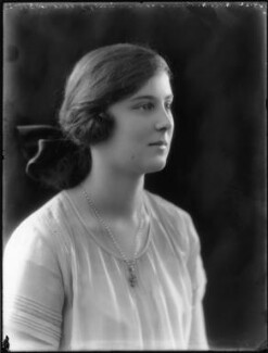 Princess Marina, Duchess of Kent, by Bassano Ltd, 16 September 1922 - NPG x81383 - © National Portrait Gallery, London
