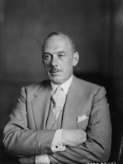 Oliver Lyttelton, 1st Viscount Chandos, by Walter Stoneman - NPG x8381
