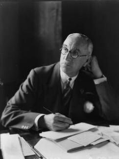 Sir Edward Taswell Campbell, 1st Bt, by Walter Stoneman - NPG x8405