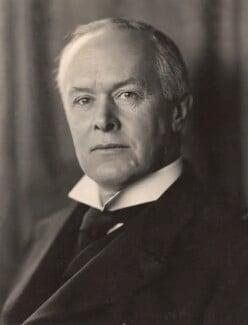 Ronald Crauford Munro-Ferguson, 1st Viscount Novar, by H. Walter Barnett - NPG x45279