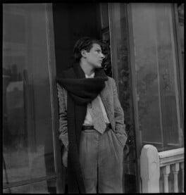 Lucian Freud, by Francis Goodman, circa 1945 - NPG x87287 - © National Portrait Gallery, London