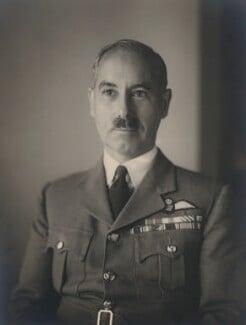 Sir (Alfred) Guy Roland Garrod, by Walter Stoneman - NPG x8796