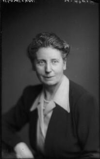 Florence Gertrude Horsbrugh, Baroness Horsbrugh, by Walter Stoneman - NPG x96754