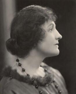 Dame (Florence) Lilian Braithwaite, by H. Walter Barnett - NPG x45407