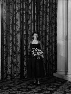 Ann Lindsay (née Aymer), Lady Aberconway, by Navana Vandyk, 15 October 1949 - NPG x97340 - © National Portrait Gallery, London