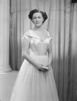 Lady Fiona Mary Hannon (née Graham), by Navana Vandyk - NPG x97544