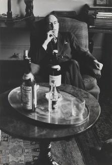 Benedict Nicolson, by Lord Snowdon - NPG P797(34)