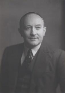 Sir Frank Kenyon Roberts, by Walter Stoneman - NPG x132587