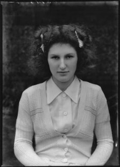 Enid Margaret Seymour Andrews, by Bassano Ltd, 9 January 1939 - NPG x154437 - © National Portrait Gallery, London