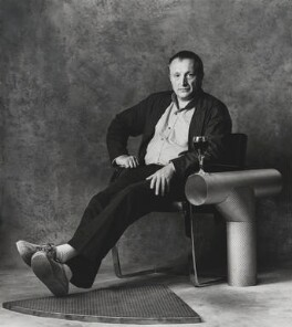 Sir Richard Rogers, by Lord Snowdon - NPG P836