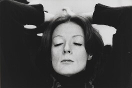 Maggie Smith, by Lord Snowdon - NPG P839