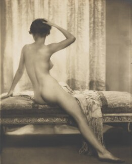 'Le Matin' (Unknown woman), by Dorothy Wilding, 1920s - NPG  - © William Hustler and Georgina Hustler / National Portrait Gallery, London