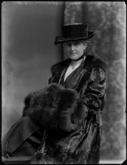 Kate (née McCorquodale), Lady Horne, by Bassano Ltd - NPG x154585