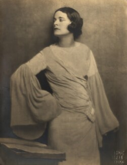 Harriet Cohen, by Hugh Cecil (Hugh Cecil Saunders) - NPG x39232