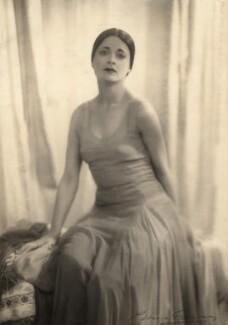 Harriet Cohen, by Yvonne Gregory - NPG x39256