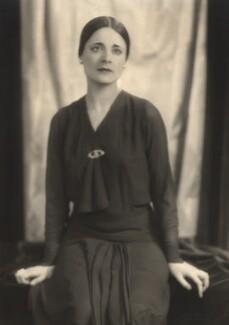 Harriet Cohen, by Yvonne Gregory - NPG x39258
