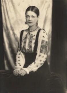 Harriet Cohen, by Yvonne Gregory - NPG x39264