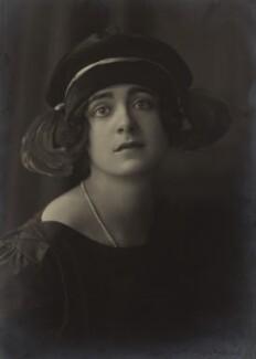 Harriet Cohen, by E.O. Hoppé - NPG x39266
