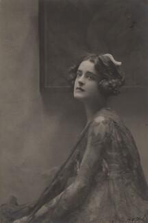 Harriet Cohen, by E.O. Hoppé - NPG x39267